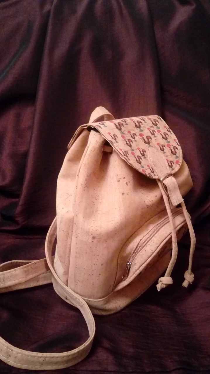 Португальский рюкзак из пробки рюкзак approach duffle 70