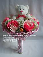 """Ручной букет из мягкой игрушки и конфет """"Мишка в цветочном саду""""№7+7, фото 1"""