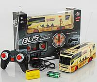 Автобус р/у, аккумулятор 4,8 V. Машинка на управлении, радиоуправлении