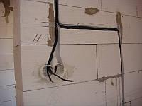 Укладка электрического кабеля (в штробу)