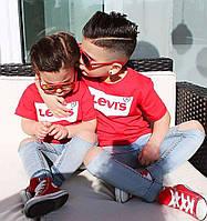 Футболка детская для девочек и мальчиков с фирменным логотипом