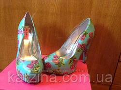 Туфли бирюзовые в розовые розы Betsey Johns р.38,5-39