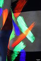 Светящаяся в темноте краска для тела (боди-арта)
