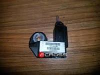 Датчик сенсор бокового столкновения для Airbag б.у., 1361234080, Citroen Nemo, Peugeot Bipper, Fiat Fiorino