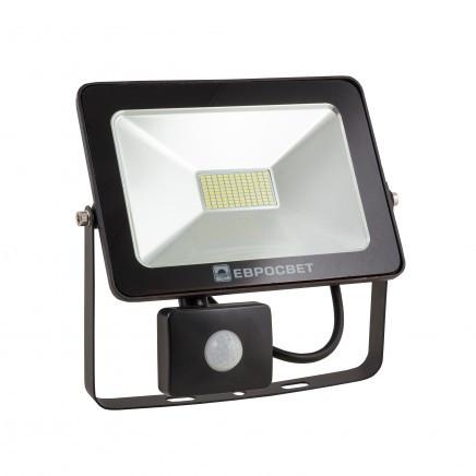 Прожектор с датчиком движения Евросвет EVRO LIGHT EV-30-01 30w 2400Lm 6400K