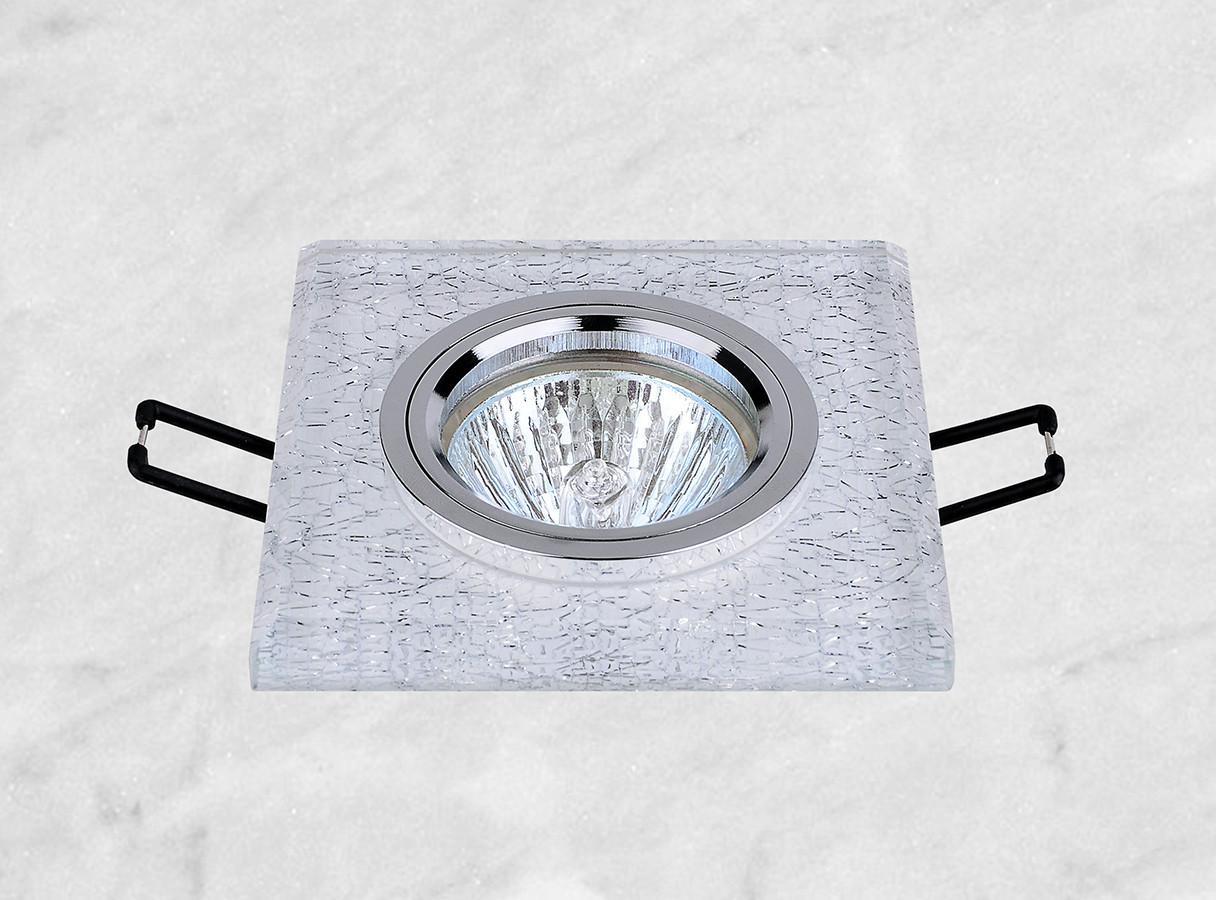 Точечный врезной светильник (05-636)