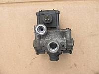 Ускорительный клапан (Wabco) прицепа