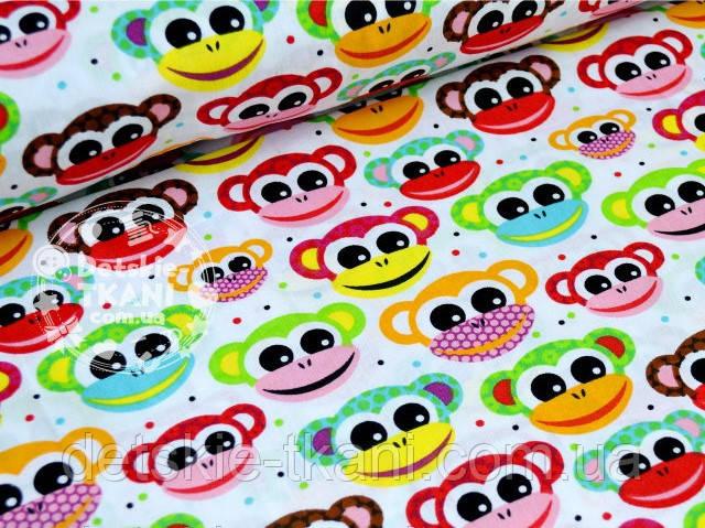 Лоскут ткани №633а с разноцветными обезьянками