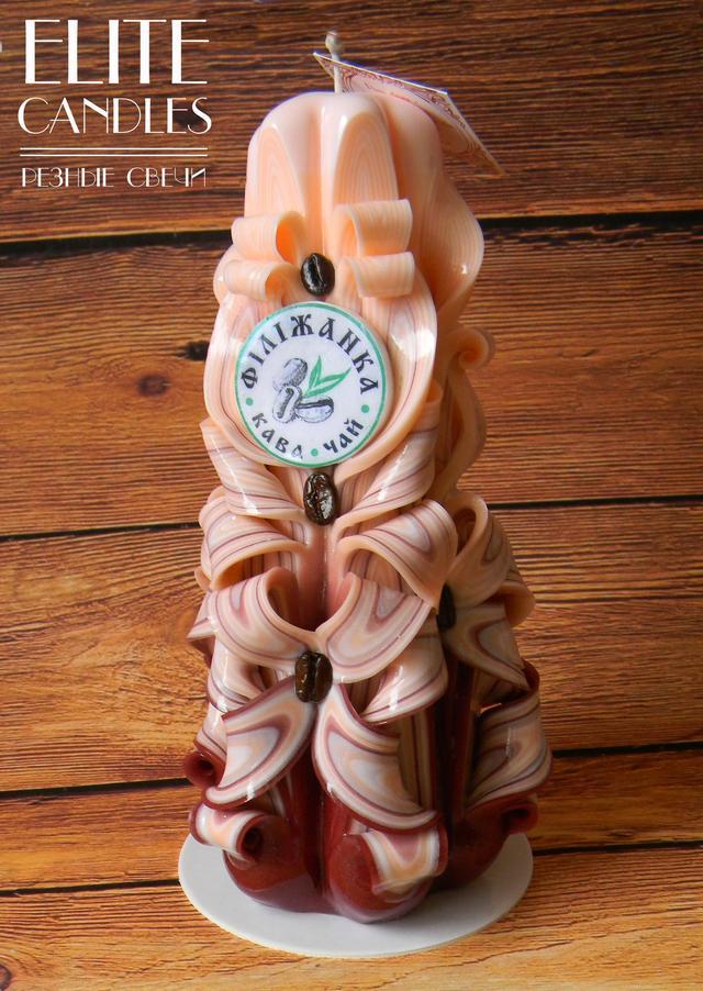 """Свеча с логотипом """"Филижанка"""" сделанная на заказ в нашей мастерской."""