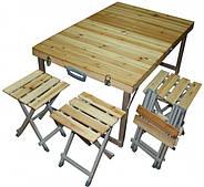 Столы и стулья из натурального дерева