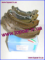Тормозные колодки барабаные задние 180*40  Renault Clio II 1.1/1.9D 98-  Samko Италия 87490