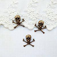 "Латунный штамп ""Череп и кости"" 21 мм, бронза"