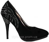 Туфли женские замшевые. На шпильке. Со стразами