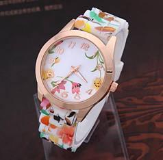 Часы женские Geneva Flower 2 цвета !Очень красивые!