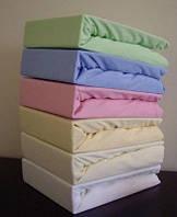 Простынь водонепроницаемая трикотажная на резинке в кроватку Duetbaby ( цвета в ассортименте ) 120х60 см
