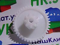 Оригинальная шестерня средняя мясорубки ZELMER 00793636 (187.0004)