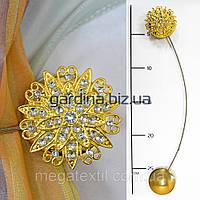 Подхваты для штор на магнитах цветок со стразами и завитками золото (4 5см)