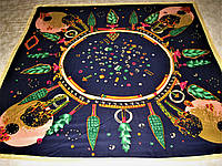 Платок Gucci шёлковый можно приобрести на выставках в доме торговли Киев