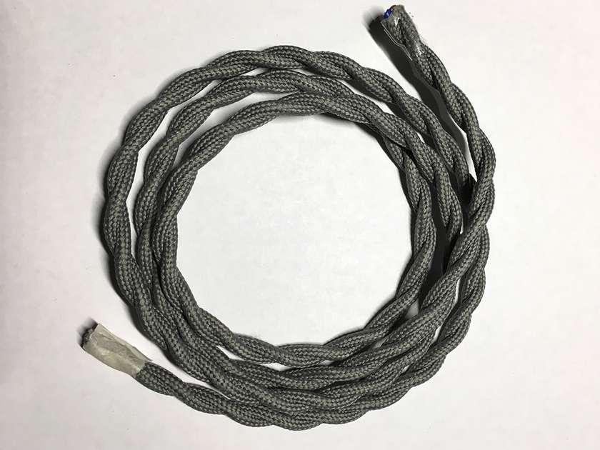 Текстильный витой провод (серый)