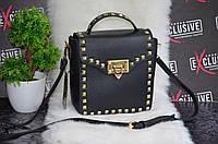 Небольшая сумочка с заклепками, фото 1