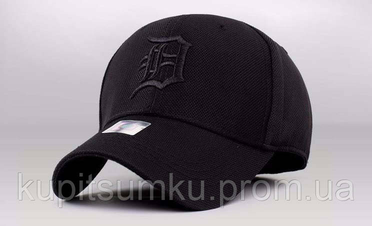 Стильная бейсболка All black