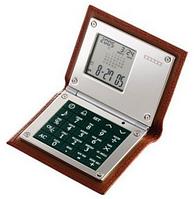 Калькулятор с будильником в коричневой коже 100ммх79мм Dalvey D00428.