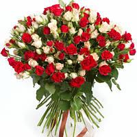 Букет из 49 кустовых роз