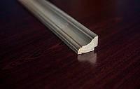 Плинтус угловой сосна 45х30 мм