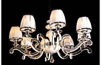 Классическая люстра на 8 ламп с подсветкой рожков