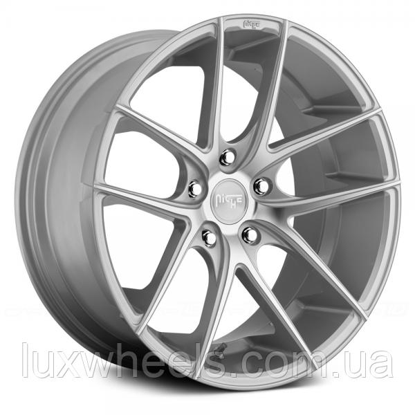NICHE TARGA Silver (R19x9.5 PCD5x120 ET35 HUB72.56)