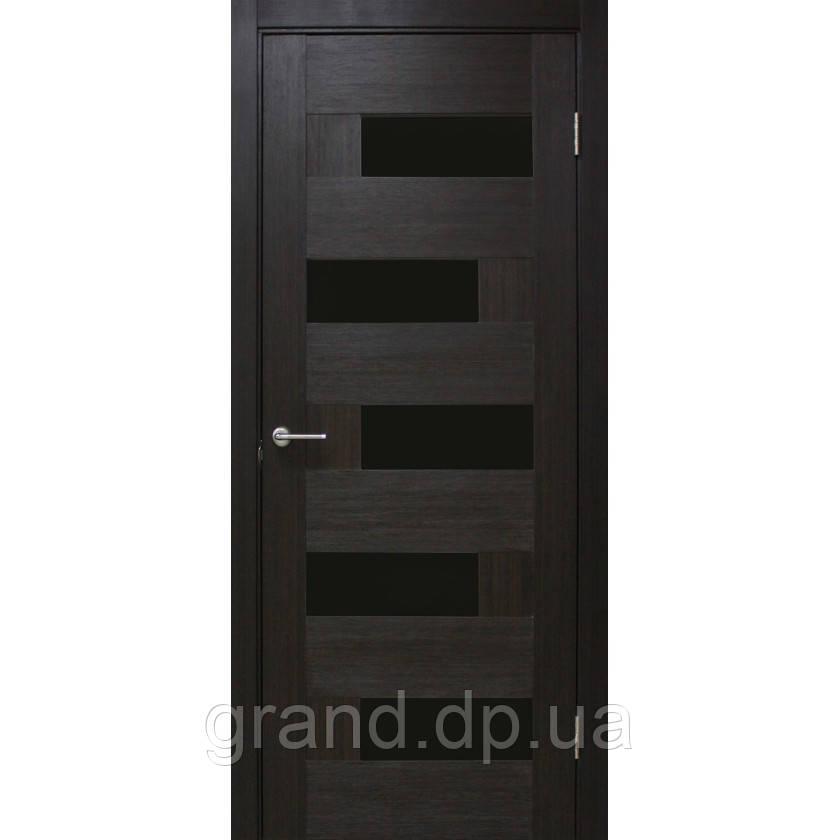 Двери межкомнатные Домино ПВХ с черным стеклом (ЧС), цвет венге