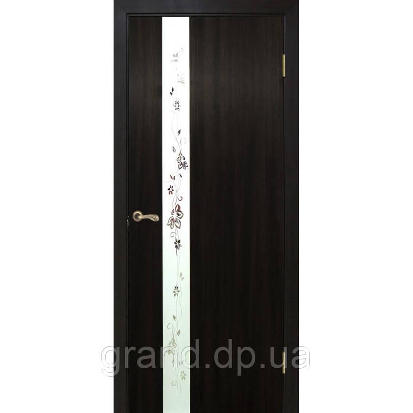 """Дверь межкомнатная """"Зеркало 2 ПВХ"""" со вставокй стекла с пискоструем и фьюзингом, цвет венге"""