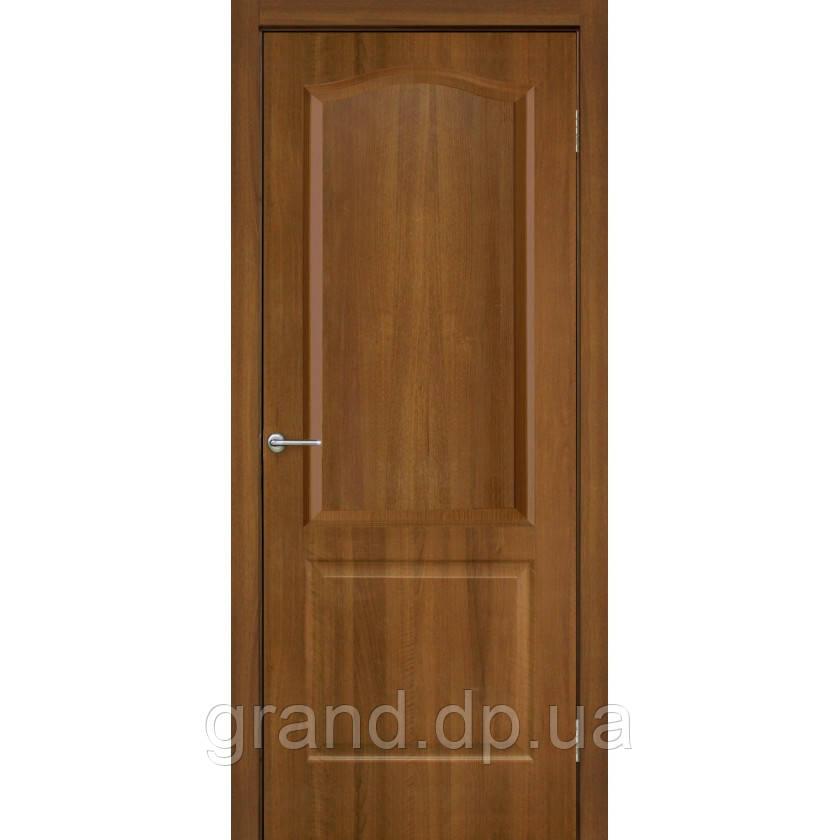 Двери межкомнатные Омис Классика ПГ ПВХ глухая, цвет ольха европейская