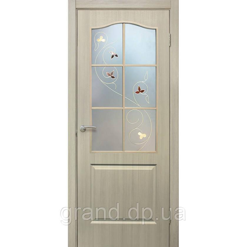 """Дверь межкомнатная """"Классика СС+КР ПВХ"""" со стеклом и контурным рисунком, цвет дуб беленый"""