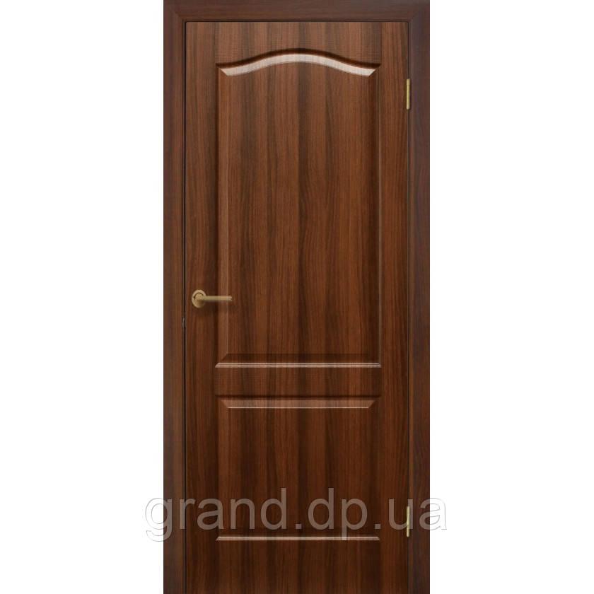 """Дверь межкомнатная """"Классика ПГ ПВХ"""" глухая, цвет орех"""