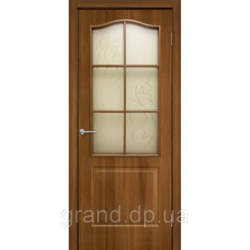 Двери межкомнатные Классика СС+КР ПВХ со стеклом и контурным рисунком, цвет ольха европейская