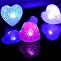 Кольцо детское светящееся Сердце, 4 цвета