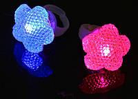 Кольцо детское светящееся Цветик семицветик, 4 цвета