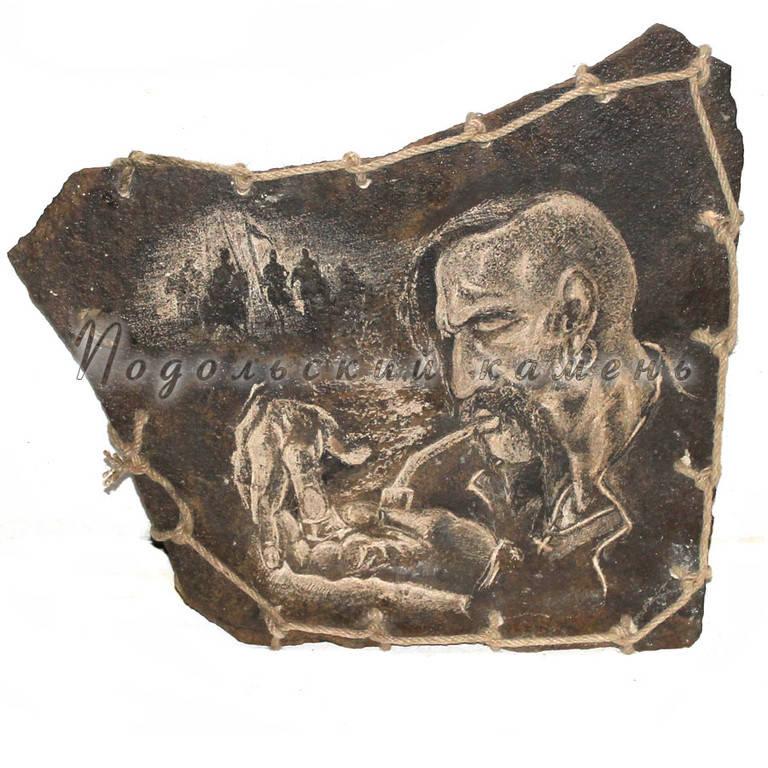Картины и изделия из камня