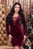 Бархатное платье со шнуровкой бордовое