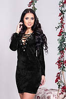 Бархатное платье со шнуровкой черное