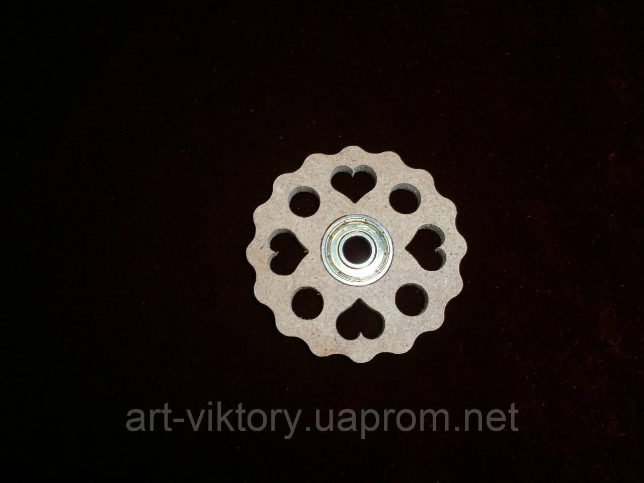 Спиннер игрушка с сердечками (6,5 х 6,5 см), декор