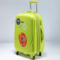 Ударопрочный пластиковый большой чемодан Ambassador Салатовый