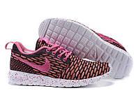 Женские кроссовки Nike Roshe Run Flyknit London Pink W