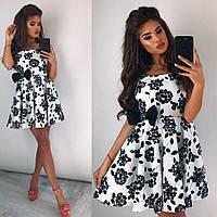 Летнее женское белое платье с черными цветами