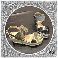 Модные серебристые  босоножки BALDININI