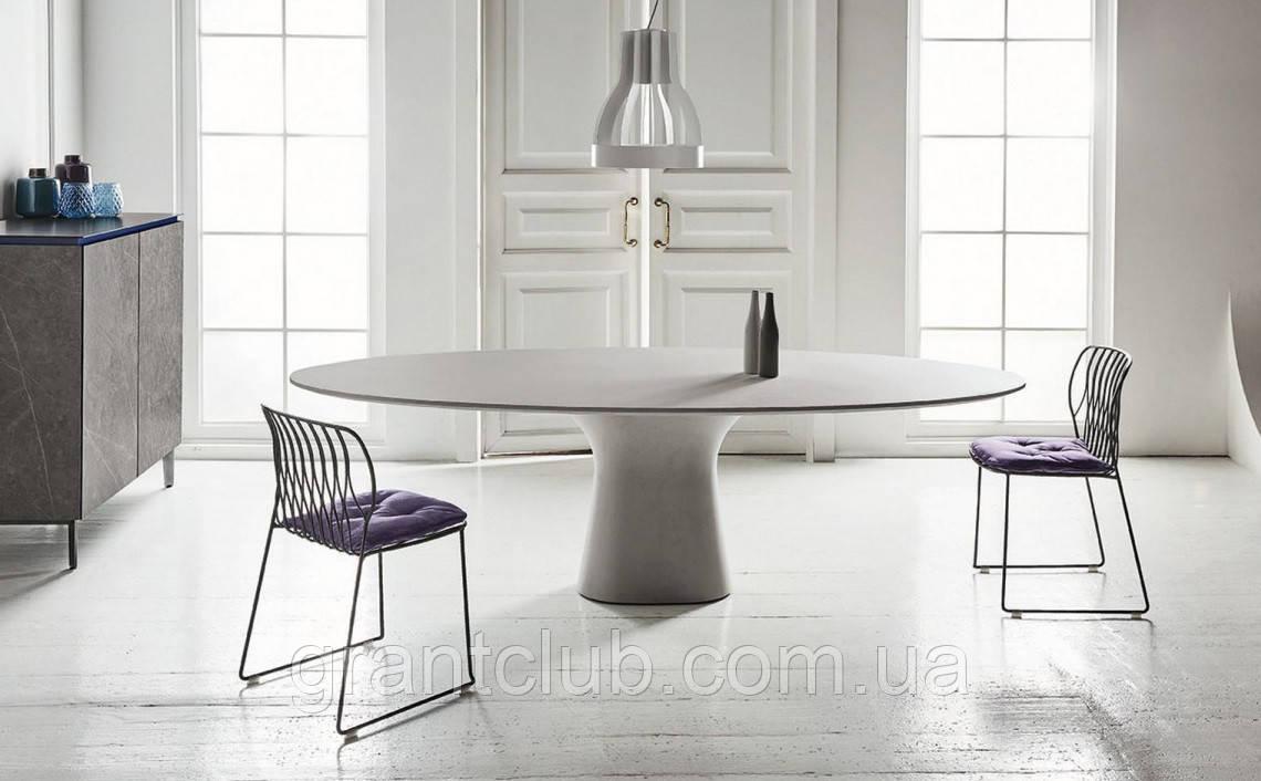 Обеденный овальный бетонный стол PODIUM 200x106 см фабрики BONTEMPI (Италия)