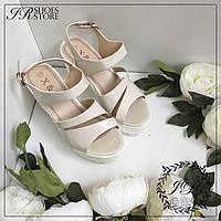 Босоножки на каблуке,цвет беж,размер 25,5см