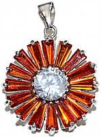 Кулон женский. Камень: белый и оранжевый циркон. Цвет металла: серебряный. Высота: 3 см. Ширина:20 мм.