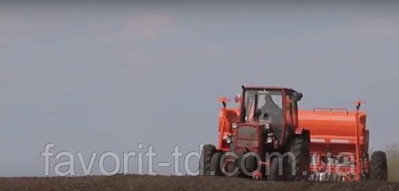 """Відео-відгук фермера про компанію """"Фаворит"""""""